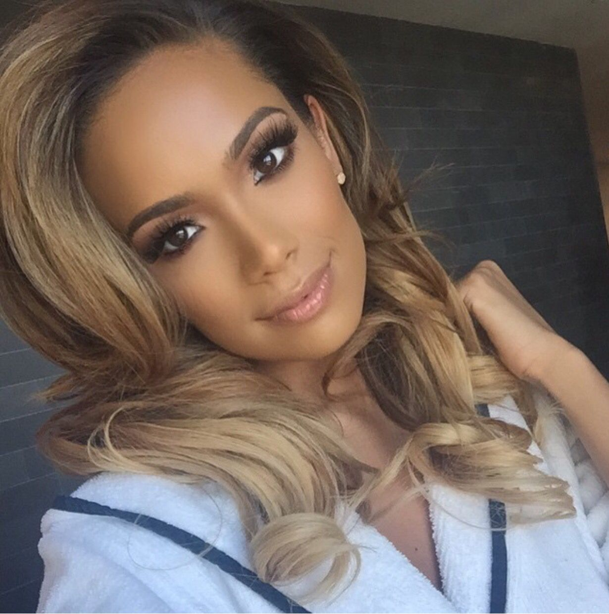 Erica Mena Breaks The Internet In A Skimpy Golden Swimsuit By The Pool – Check Out The Thirst Traps 7 Months Postpartum