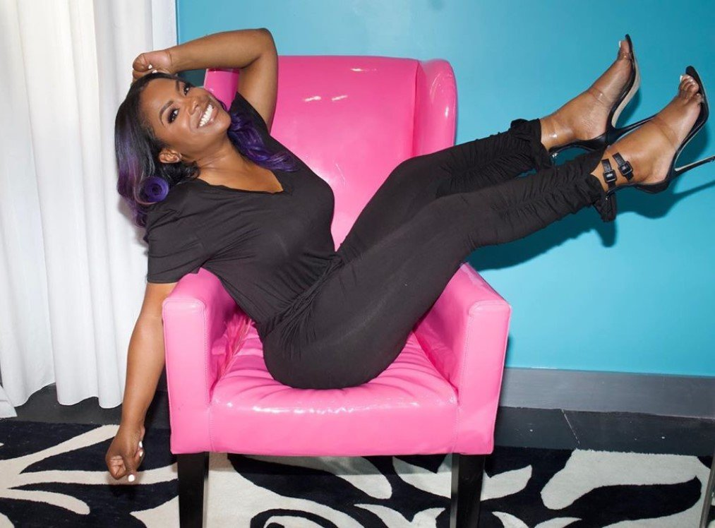 Kandi Burruss Flaunts Her Bikini Body After Gaining 20 Lb., Tells Us To Swipe Left At Our Own Risk