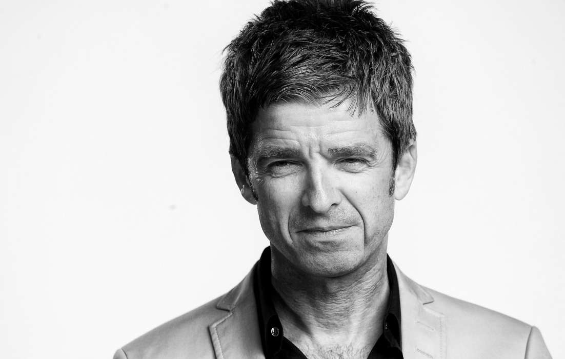 Noel Gallagher Says Mask Laws Are Violating His Rights – He Took A Private Jet To Avoid Wearing A Mask And Other COVID-19 Restrictions