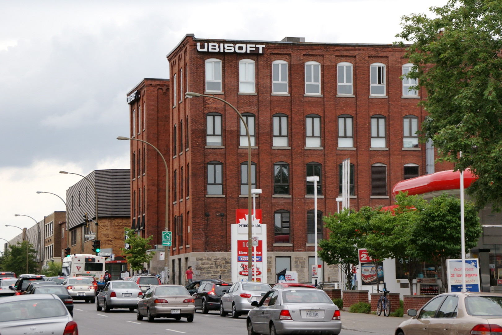 Reports suggest a possible hostage situation at Ubisoft Montreal