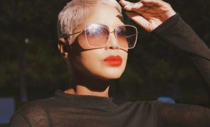 Toni Braxton Looks Gorgeous With Short Blonde Hair – See Her Clip