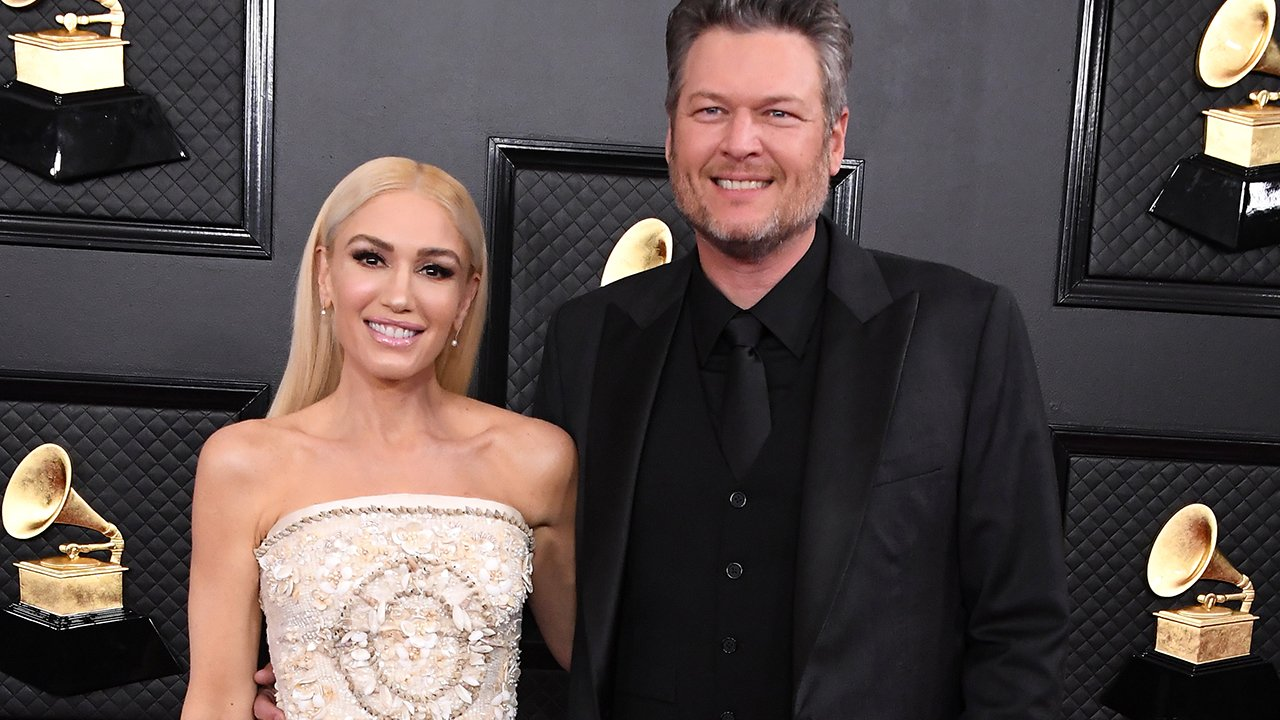 Blake Shelton Gushes Over How 'Pathetically' Much He Loves Gwen Stefani In Sweet Congratulatory Post After Her New Song Tops The iTunes Chart!